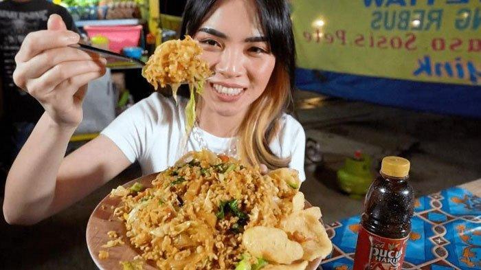 YouTuber Magdalena Bersama Teh Pucuk Harum Dukung UMKM Bidang Kuliner