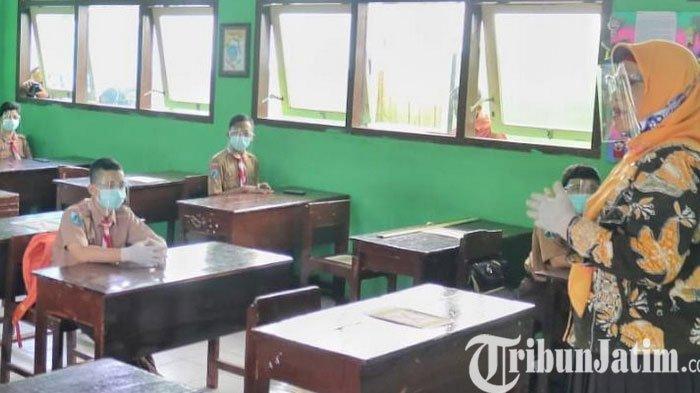 Puluhan Guru PNS di Trenggalek Belum Berijazah S-1