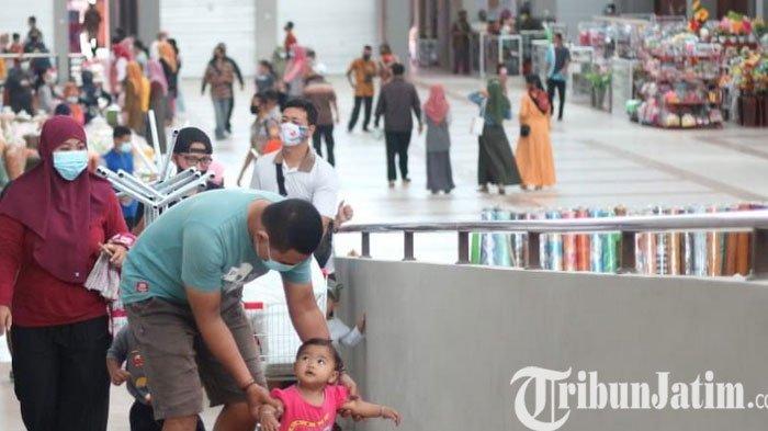 300 Orang Berebut 50 Kios/Los Kosong Pasar Pon Trenggalek