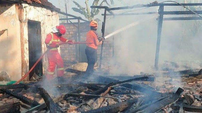 Gara-gara Nenek Goreng Kopi, Sebuah Rumah di Tuban Jatim Ludes Terbakar