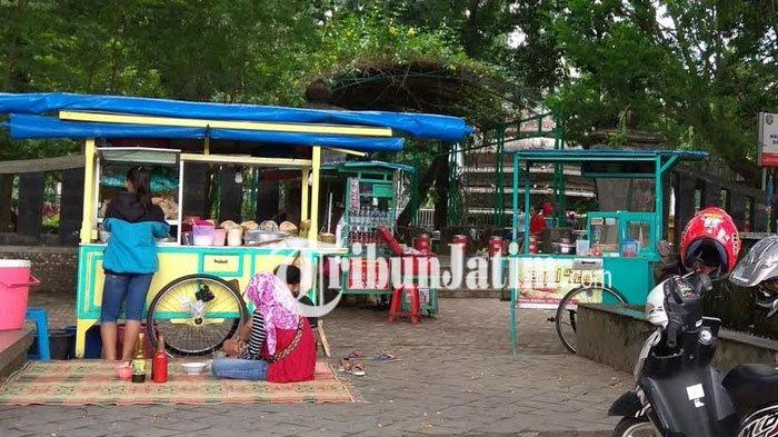 Sekolah Diliburkan Karena Corona, PKL di Lapangan Gulun Kota Madiun Mengeluh Sepi Pembeli