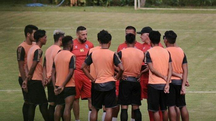 Belum Ada Arahan Soal Gaji Pemain & Pelatih di Bulan Juli-Agustus, Arema FC: Kami Menunggu PSSI