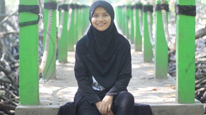 Betzy Alimanda, Mahasiswi Universitas Negeri Surabaya yang Aktif di Berbagai Kegiatan Pendidikan