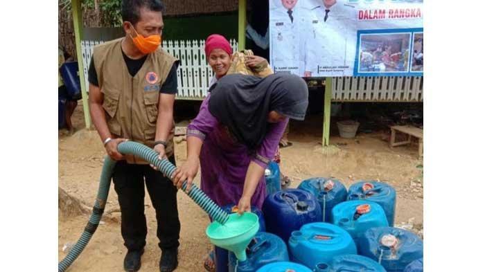 Dana Bantuan Droping Air dari Pemprov Jatim Belum Cair, BPBD Sampang Andalkan PDAM Trunojoyo