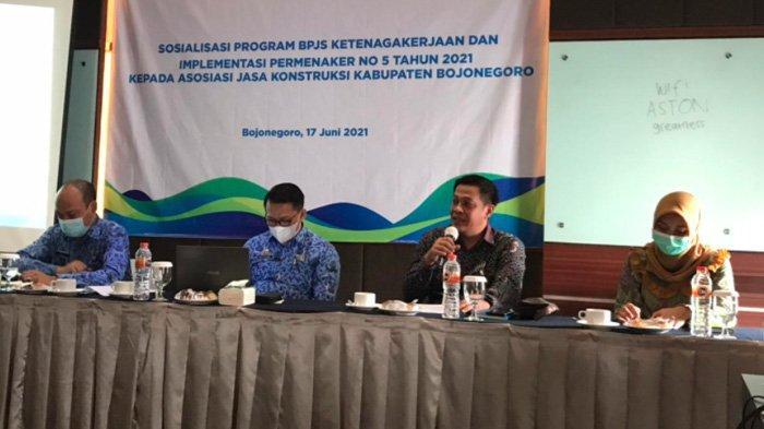 Implementasi Permenaker 5 Tahun 2021, BPJAMSOSTEK Bojonegoro Gandeng Asosiasi Jasa Kontruksi