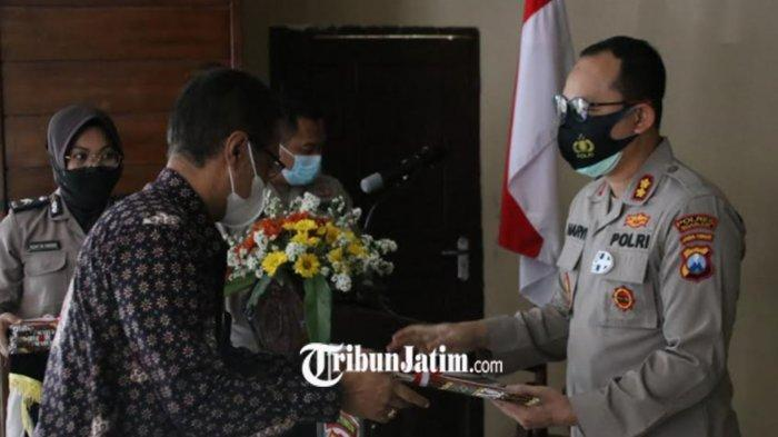 Berhasil Ungkap Kasus Pertanahan, BPN Nganjuk Berikan Penghargaan 11 Personil Kepolisian