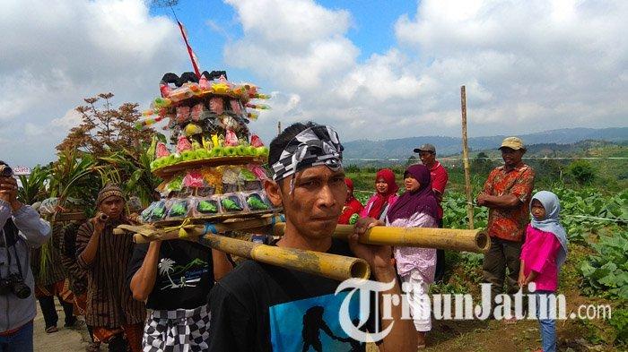 Grebeg Suro Buceng Robyong, Tradisi Warga Lereng Gunung Wilis Sejak Zaman Raja Balitung