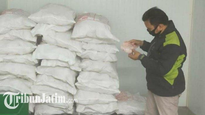 BERITA TERPOPULER JATIM: 2 Perangkat Desa di Lamongan Diduga Korupsi hingga Temuan Daging BPNT Busuk