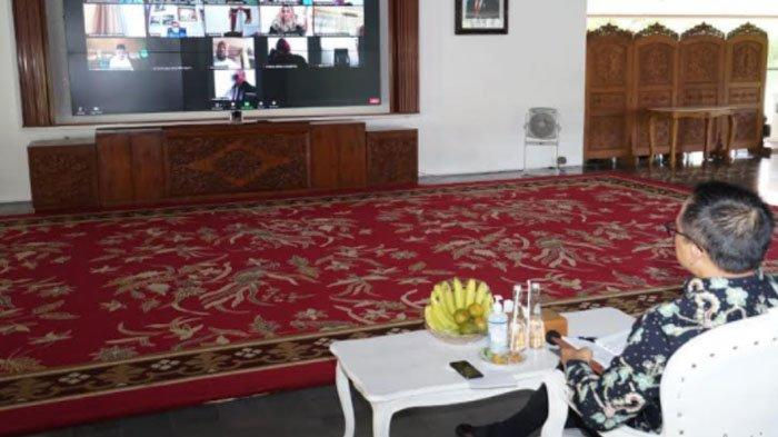 Bupati Abdullah Azwar Anas 'Bedah' APBD Kabupaten Banyuwangi dalam Forum Lemhanas