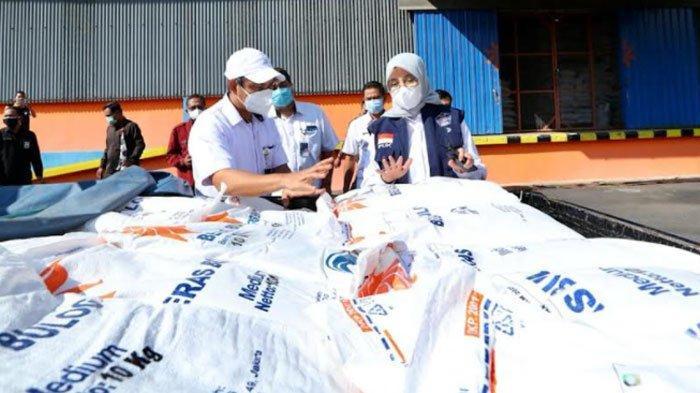 Bansos Beras PPKM Darurat Mulai Disalurkan kepada 119.235 Keluarga Banyuwangi