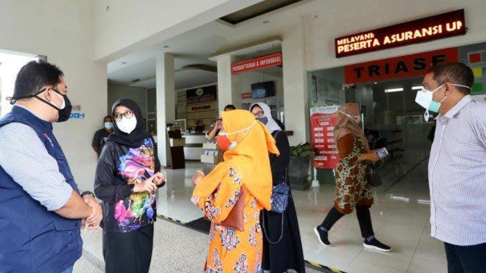 Keliling RS, Bupati Banyuwangi Atur Skema Rekrut Relawan Kesehatan dan Tambah Bed