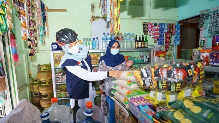 Banyuwangi Galang Gerakan Belanja Sembako di Warung Tetangga, Hasilnya Didonasikan