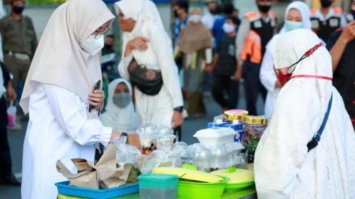 Pemkab Banyuwangi Izinkan Pasar Takjil: Geliatkan Ekonomi UMKM