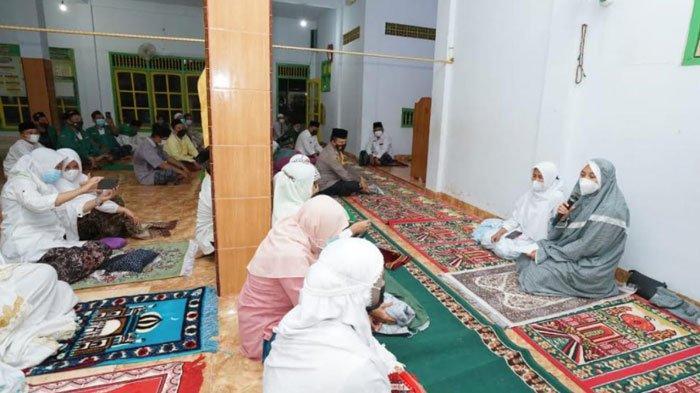 Safari Ramadan ke Masjid-Masjid, Bupati Banyuwangi: Terima Kasih Sudah Patuhi Protokol Kesehatan