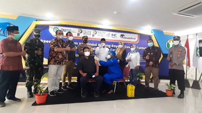 Bupati Gresik Sebut Baru 12 Perusahaan Siap Gelar Vaksinasi Gotong Royong