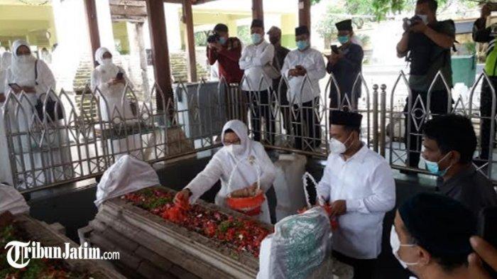 Makam Syech Maulana Malik Ibrahim Kerap Kebanjiran, Bupati Gresik Gus Yani Ajukan Rehabilitasi