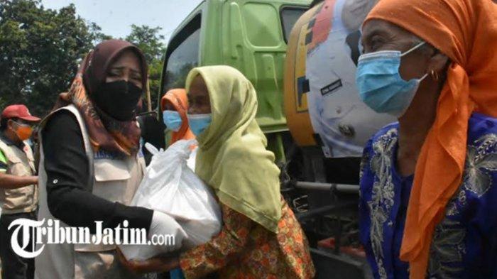 Krisis Air Bersih di Desa Kunjorowesi, BPBD Kabupaten Mojokerto Gerojok 16 Ribu Liter Air Perhari