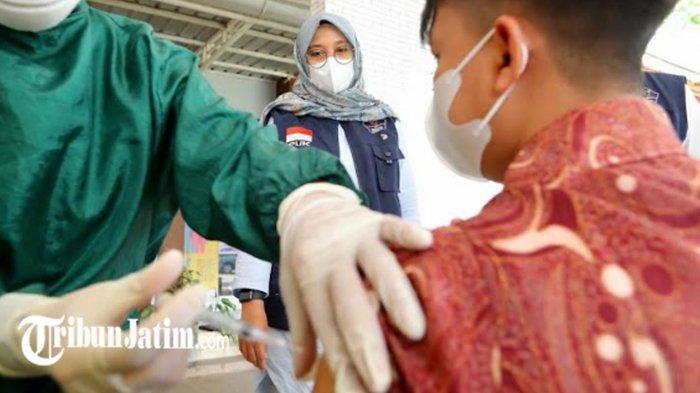 Banyuwangi Pacu Vaksinasi Covid-19 PKL hingga Pedagang Warung Kecil, 'Badan Sehat, Ekonomi Pulih'