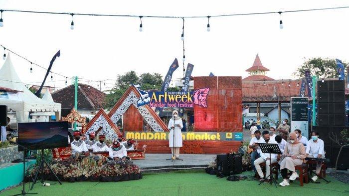 Pilih Sendiri dan Nikmati Langsung Olahan Ikan Segar Khas Kampung Mandar di Fish Market Festival