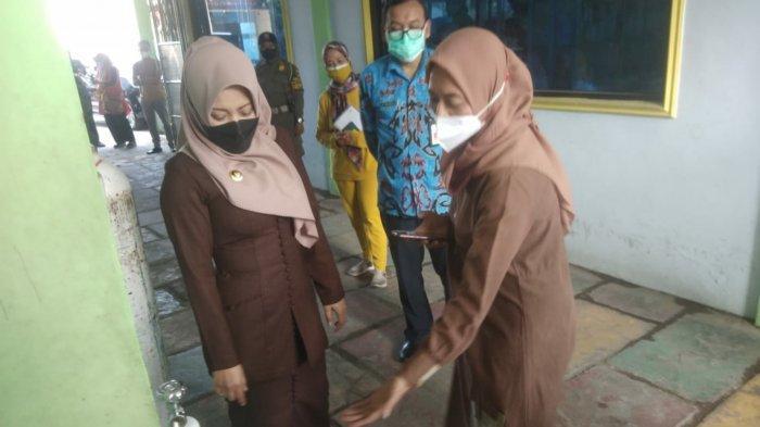 Bupati Ikfina Sidak Ketersediaan Tabung Oksigen di Kabupaten Mojokerto
