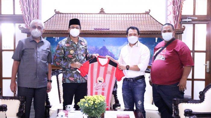 Bebas dari Sanksi FIFA, Deltras Sidoarjo Siap Berlaga di Liga 3 2021, Bupati: Kami Siap Fasilitasi