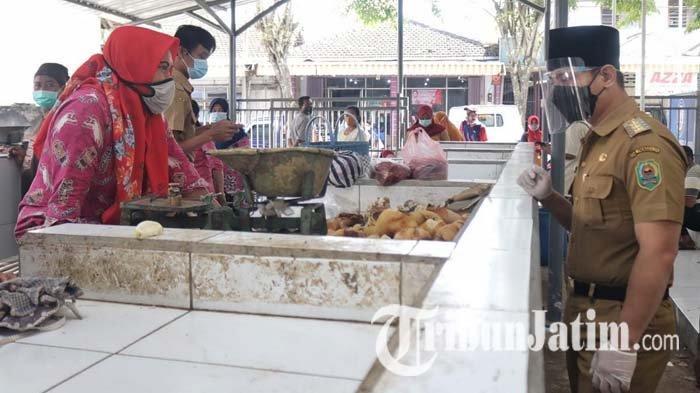 Awal Ramadan 2021, Stok Bahan Pangan di Trenggalek Aman, Harga Daging Ayam Naik, Cabai Rawit Turun