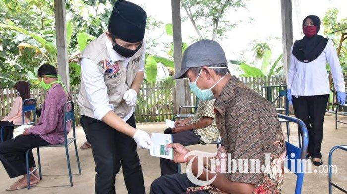 478 Warga Terdampak Pembangunan Bendungan Bagong di Trenggalek Terima Kartu Indonesia Sehat