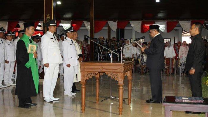 Bupati Tulungagung Maryoto Birowo Lantik 239 Kades Terpilih, Perintahkan Langsung Bekerja