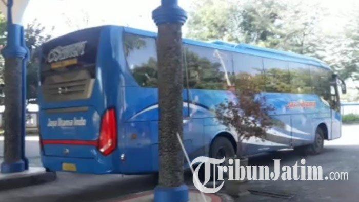 Hari Kedua Masa Transisi New Normal, Hanya Ada Empat Bus yang Beroperasi di Tuban