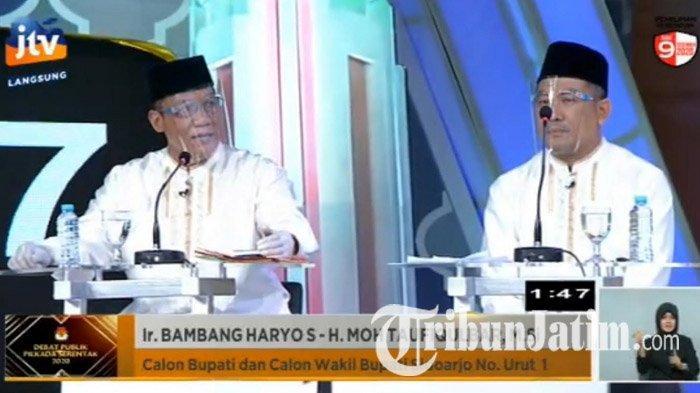 Calon Bupati Sidoarjo dan Calon Wakil Bupati Sidoarjo, Bambang Haryo Soekartono-Taufiqulbar saat debat paslon Pilkada Sidoarjo 2020, Selasa (3/11/2020).