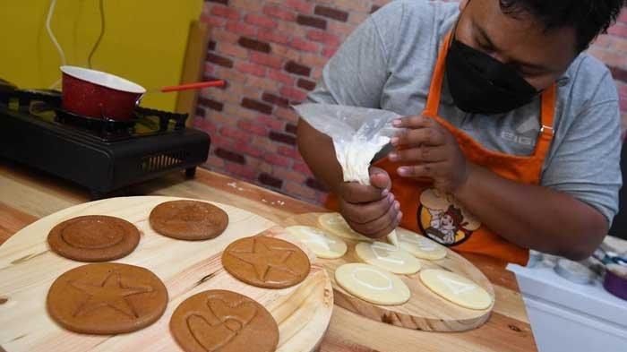Cara Membuat Dalgona Candy 'Squid Game,' Cuma Pakai Dua Bahan, Perhatikan Penyimpanannya!