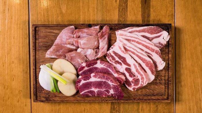 Waspada Tertular Covid-19 dari Daging Kurban, Simak Penjelasan Ahli, Taati Prokes: Usia Berpengaruh