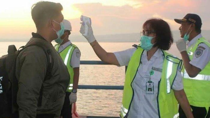 Cegah Penyebaran Virus Corona, Dishub Jatim Semprot Disinfektan ke 26 Terminal Tipe B