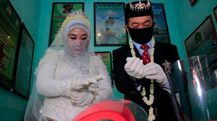 Kisah Pasangan Surabaya Menikah saat Musim Covid-19, 'Tak Bisa Tidur Kepikiran Protokol Kesehatan'