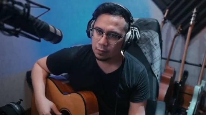 Chord Gitar & Lirik Lagu 'Lebih Indah' Adera, Kunci Mudah Dimainkan: Dan Kau Hadir Merubah Segalanya