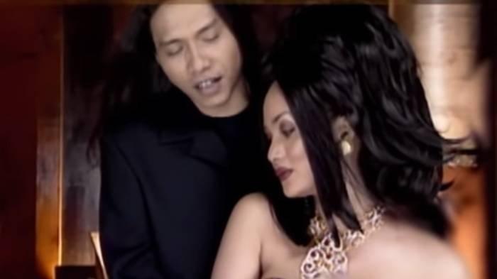 Chord gitar dan lirik lagu Makin Aku Cinta dari Anang Hermansyah dan Krisdayanti.