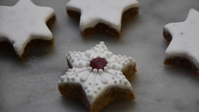 Resep Mudah Membuat Kue 'Cinnamon Stars' Khas Keluarga Kerajaan Inggris untuk Hidangan Natal 2019