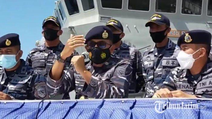 TNI AL Perluas Pencarian Korban KMP Yunicee Mulai Sisi Selatan hingga Utara Selat Bali