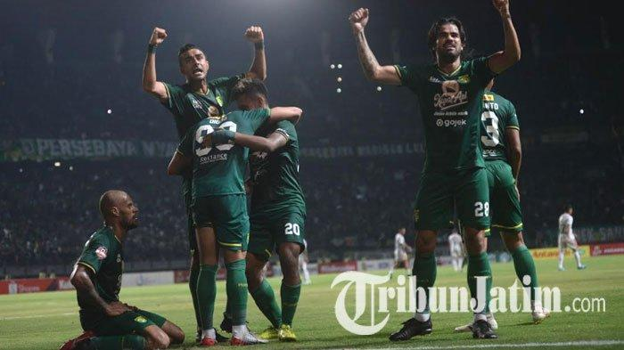 david-da-silva-otavio-dutra-osvaldo-haay-dan-aryn-williams-persebaya-vs-bali-united.jpg