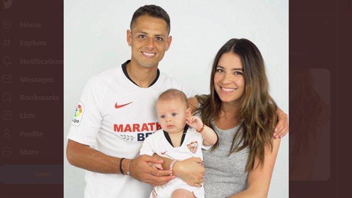 Demi Hal Gila Ini, Istri Eks Bintang Manchester United Pamer Foto Tanpa Busana