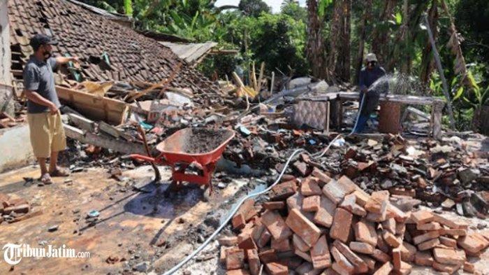 Terkatung-katung Warga Jogomulyan Terdampak Gempa Tak Dapat Bantuan Pemerintah, Bikin Tenda Seadanya