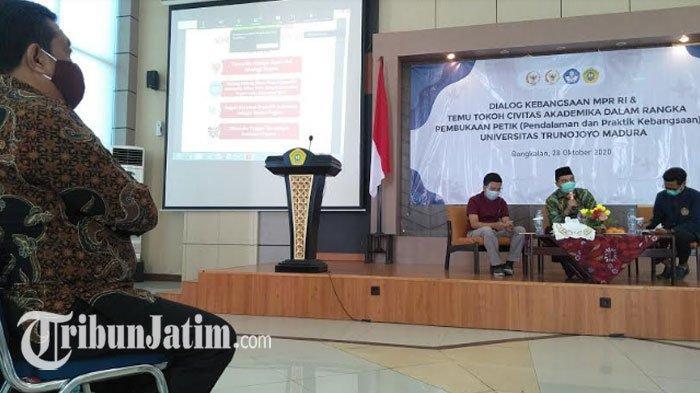 Peringati Sumpah Pemuda dengan 'Dialog PETIK', Universitas Trunojoyo Tanamkan Nilai Kebangsaan