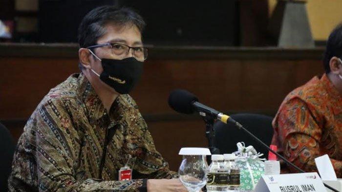 Direktur Utama bankjatim, Busrul Iman.