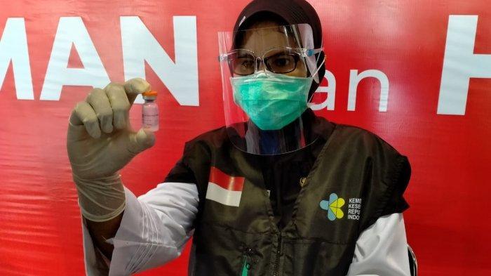 Sosok Tri Puspita Nirmala, Dokter yang Dipilih untuk Suntikkan Vaksin Covid-19 ke Bupati Pamekasan