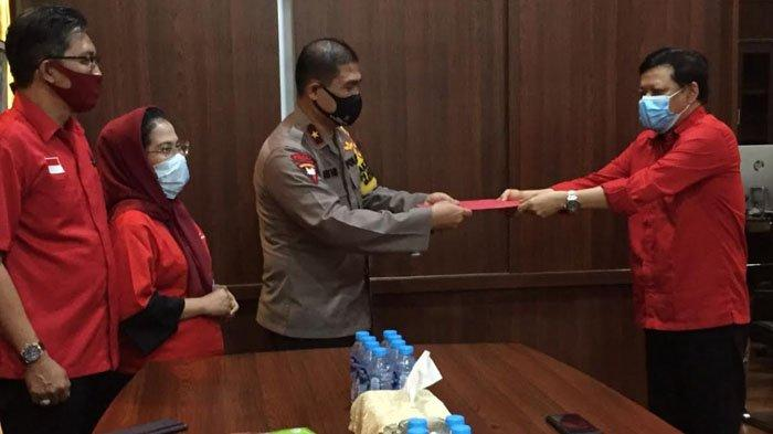 BREAKING NEWS - Laporkan Pembakar Bendera Partai ke Polda Jatim, PDIP Desak Pelaku Diproses Pidana