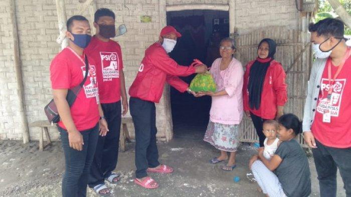 DPD PSI Kabupaten Lamongan Bagikan Paket Sembako dan Masker kepada Warga Terdampak Virus Corona