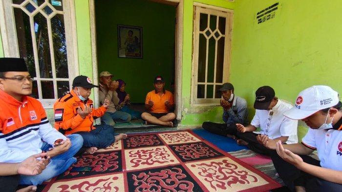 Kunjungi Kawasan Terdampak Gempa di Malang, PKS Jatim Gelar Tahlil Bersama
