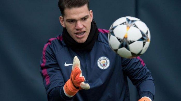 VIDEO - Operan Maut Kiper Man City Ederson Moraes Buat PSG Kebobolan dan Gugur di Liga Champions