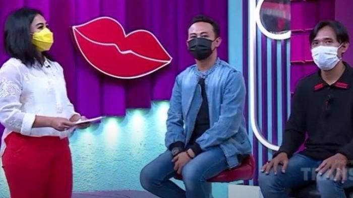 Ayus & Nissa Sabyan Sering Pakai Outfit Kembaran saat Show, Eks Personel Sabyan Gambus: Itu Branding