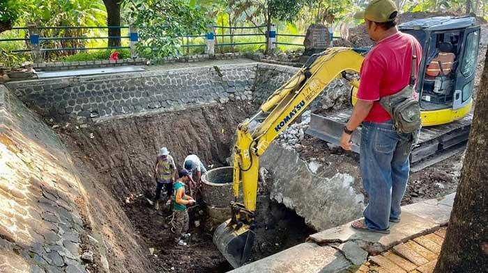 Lakukan Ekskavasi Berat, BPCB Jawa Timur Temukan Alur Sumber Air Kuno di Kota Madiun